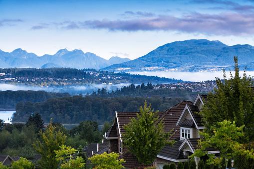 Vancouver - Canada「Beautiful mountain river scene at sunrise, BC, Canada」:スマホ壁紙(12)