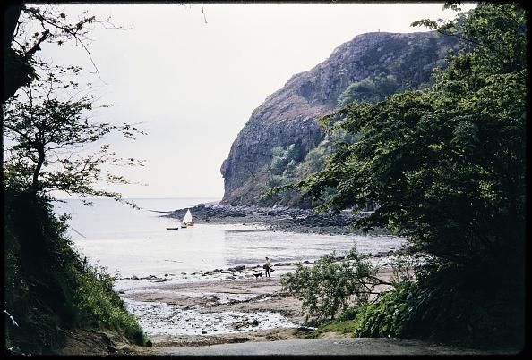 Water's Edge「Llanbedrog Beach」:写真・画像(5)[壁紙.com]