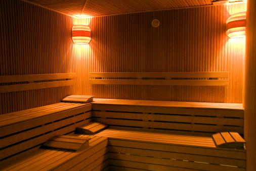 Weekend Activities「Vacant benches of wooden sauna, Turkey, Istanbul, Beykoz」:スマホ壁紙(7)