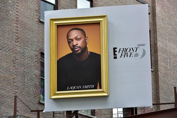 ニューヨークファッションウィーク「E!'s Front Five Soho billboard For NYFW Including LaQuan Smith」:写真・画像(1)[壁紙.com]