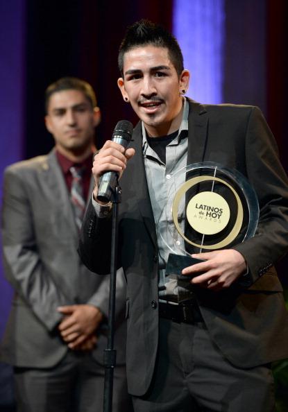Leo Santa Cruz「The '2013 Latinos de Hoy Awards' At Los Angeles Times Chandler Auditorium」:写真・画像(4)[壁紙.com]