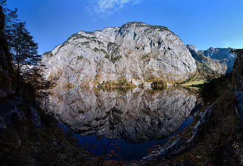 Steep「180 degrees panorama of Obersee lake in Berchtesgaden park, Germany.」:スマホ壁紙(8)