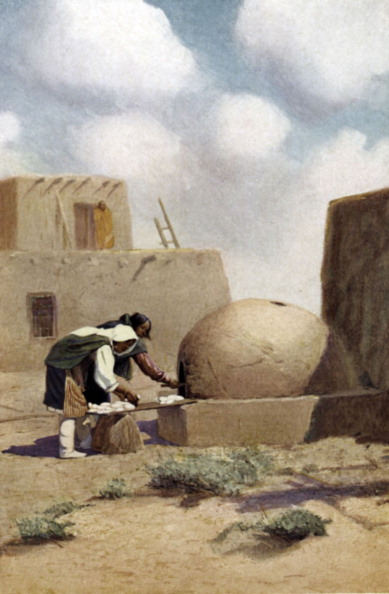 Stove「Native American women from the Acoma Pueblo, New Mexico, baking bread in a traditional dome - shaped clay oven.」:写真・画像(15)[壁紙.com]