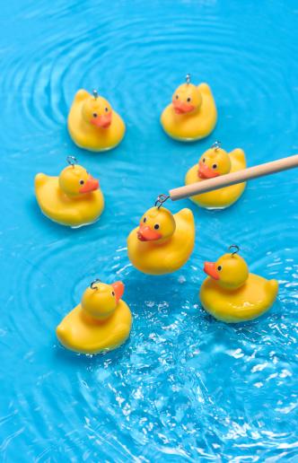 Choosing「Rubber duck carnival game」:スマホ壁紙(13)