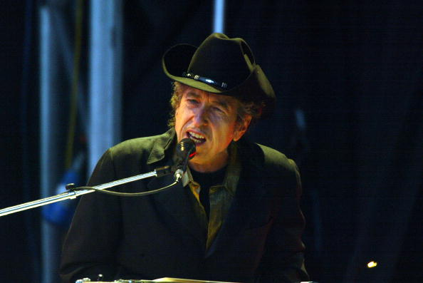 Singer「Bob Dylan Plays The Fleadh 2004」:写真・画像(7)[壁紙.com]