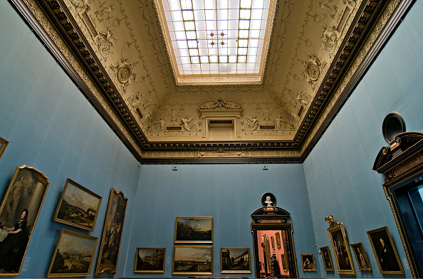 Ceiling「Exhibition Halls In The Collection Of Paintings」:写真・画像(3)[壁紙.com]