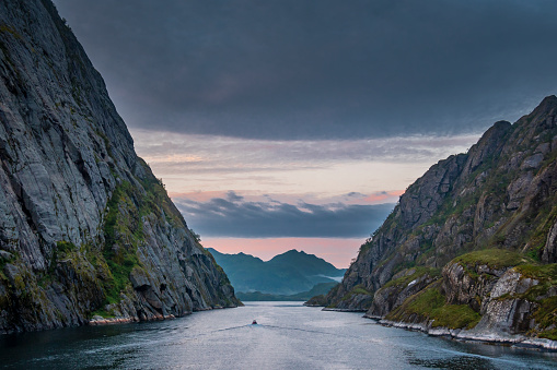 Cruise - Vacation「Exiting the Trollfjord in the Lofoten Islands, Norway」:スマホ壁紙(19)