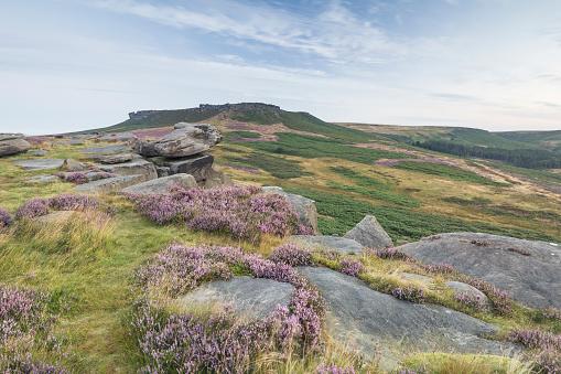 Derbyshire「Pre-dawn light on Higger Tor.」:スマホ壁紙(19)