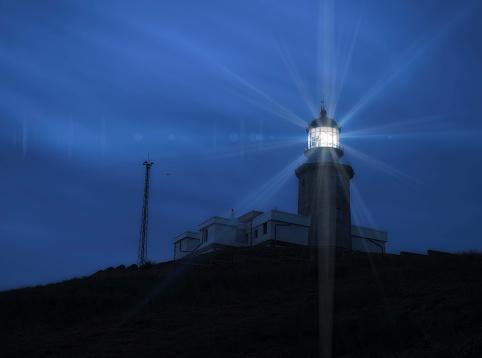 Beacon「Spain, Faro de Matxitxako at blue hour」:スマホ壁紙(15)