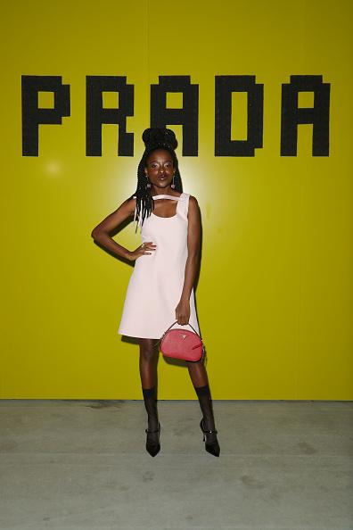 ドロップイヤリング「Prada -Arrivals and Front Row: Milan Fashion Week Fall/Winter 2019/20」:写真・画像(18)[壁紙.com]