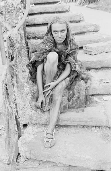 Sandal「April Olrich」:写真・画像(2)[壁紙.com]