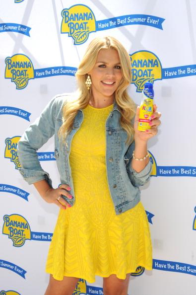 Yellow Dress「Banana Boat Best Summer Ever」:写真・画像(8)[壁紙.com]