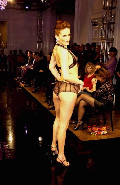 DeBeers「De Beers And La Perla Fashion Show」:写真・画像(5)[壁紙.com]