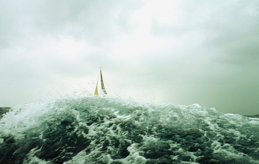 Wave「Onboard a Beneteau yacht during the  Sydney to Hobart yacht race in 2002.」:スマホ壁紙(19)