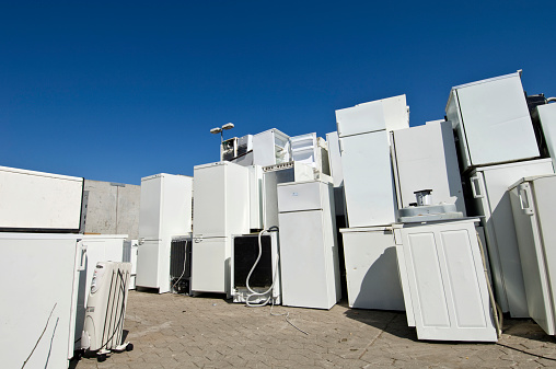 Scrap Metal「Old Refrigerators Waiting to Be  Scrapped At a Recycling Center」:スマホ壁紙(18)