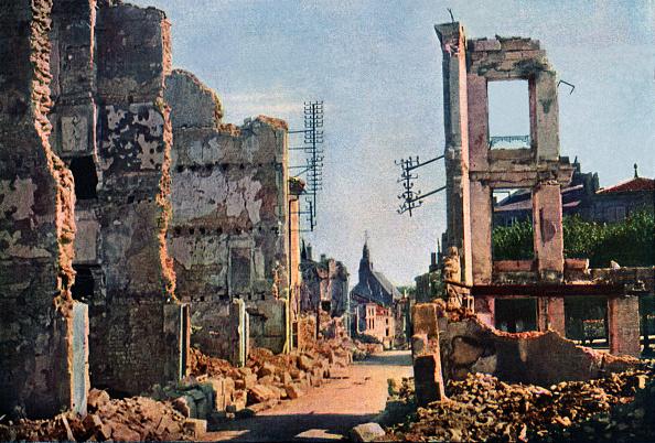 Color Image「Verdun Damage」:写真・画像(19)[壁紙.com]