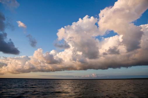 Netherlands「Dawn at Sea」:スマホ壁紙(6)