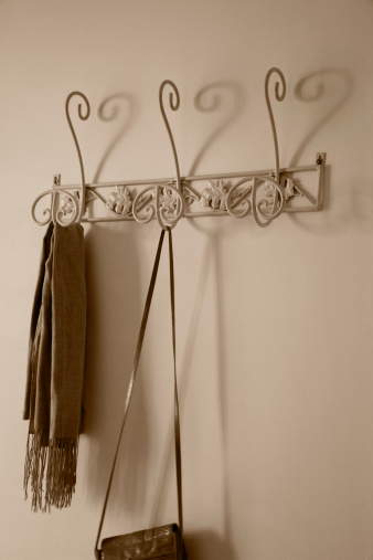 Wrought Iron「Heart shaped shadows made by a coat rack」:スマホ壁紙(15)