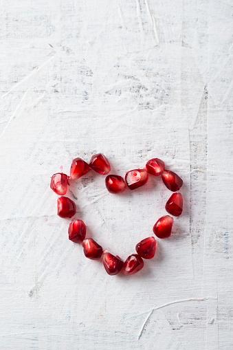 Seed「Heart shaped of pomegranate seeds」:スマホ壁紙(11)