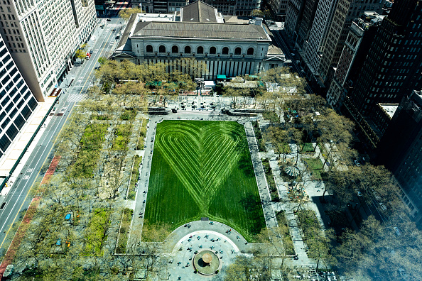 Bryant Park「Coronavirus Pandemic Causes Climate Of Anxiety And Changing Routines In America」:写真・画像(0)[壁紙.com]