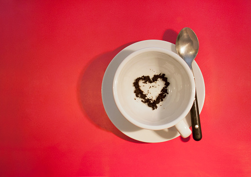Love fortune「Heart shape in coffee cup reading」:スマホ壁紙(12)