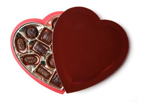 バレンタイン「ハート型のチョコレート 1 箱」:スマホ壁紙(17)