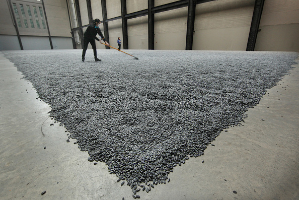 Seed「Chinese Artist Ai Weiwei Unveils This Year's Unilever Installation At The Tate Modern」:写真・画像(11)[壁紙.com]