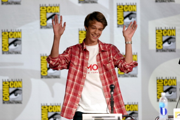 """Ethan Miller「CBS """"Under The Dome"""" Panel & Exclusive Sneak Preview - Comic-Con International 2014」:写真・画像(7)[壁紙.com]"""