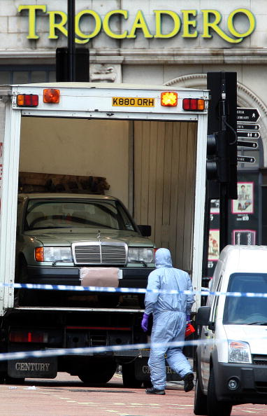Car Bomb「London Car-Bomb Made Safe By Police」:写真・画像(8)[壁紙.com]