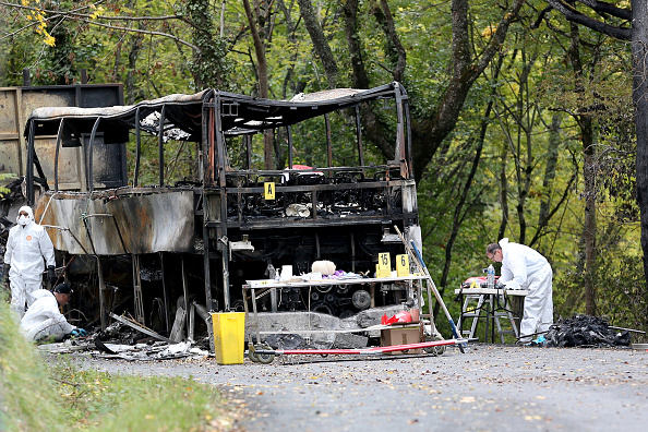 Nouvelle-Aquitaine「French Bus Crash Kills At Least 43 After It Collides With A Lorry」:写真・画像(9)[壁紙.com]