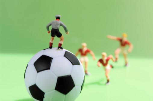 Figurine「Football figurine」:スマホ壁紙(17)