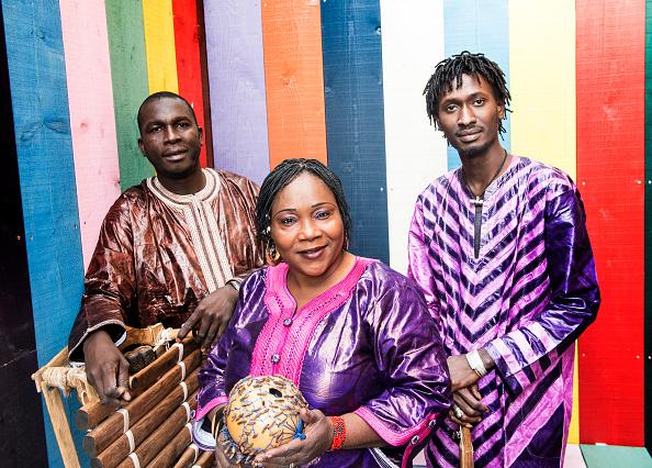 Three People「Trio Da Kali」:写真・画像(18)[壁紙.com]