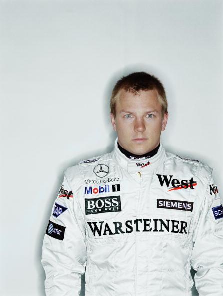 白背景「Kimi Raikkonen」:写真・画像(7)[壁紙.com]