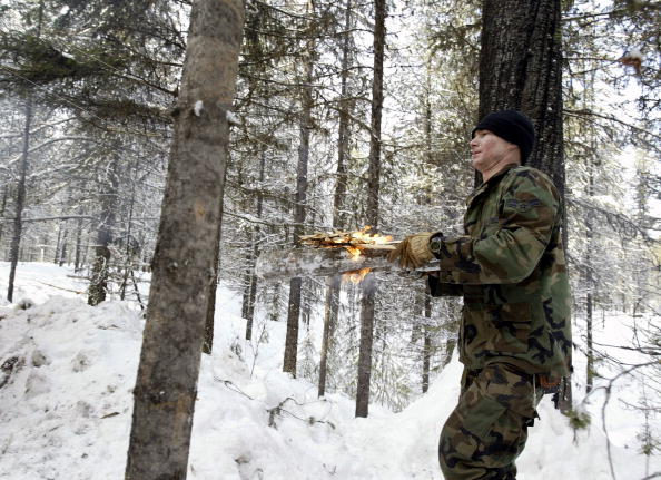 Fire Pit「Trainees Attend U.S. Air Force S.E.R.E. Instructor School」:写真・画像(19)[壁紙.com]
