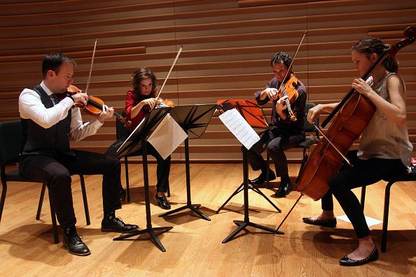Joshua Roberts「Mivos Quartet」:写真・画像(2)[壁紙.com]