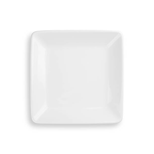 Empty dinner plate isolated on white with clipping path:スマホ壁紙(壁紙.com)
