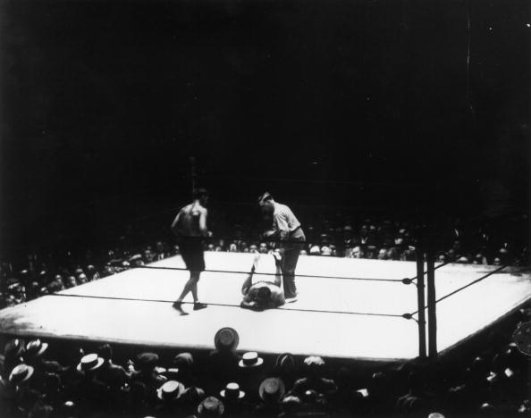 Boxing Ring「On The Canvas」:写真・画像(3)[壁紙.com]