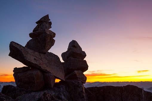 Pemberton「Rock formation at sunset」:スマホ壁紙(10)