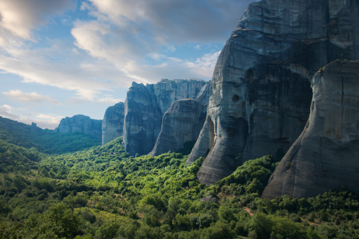 Thessaly「Rock Formations in the Meteora, Greece」:スマホ壁紙(3)