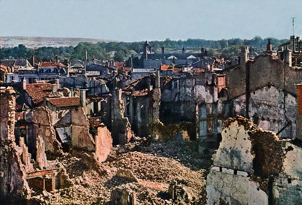 Color Image「Verdun Damage」:写真・画像(4)[壁紙.com]