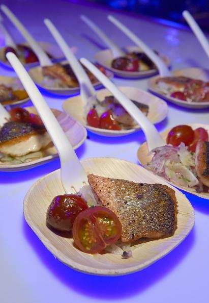 Salad「Celebrity Chefs Light Up The Strip During Vegas Uncork'd By Bon Appetit's 10th Anniversary Grand Tasting At Caesars Palace」:写真・画像(4)[壁紙.com]