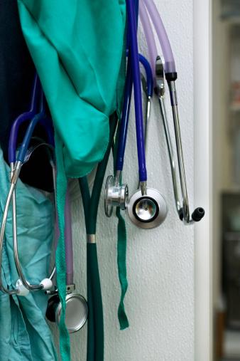 Medical Scrubs「Surgical scrubs and stethoscopes」:スマホ壁紙(16)
