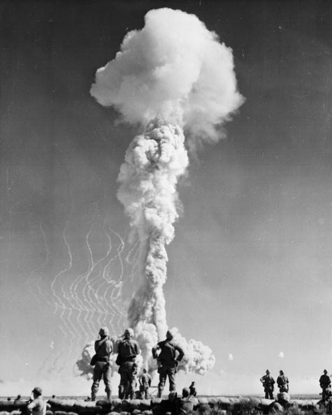 Politics「Atomic Blast」:写真・画像(16)[壁紙.com]