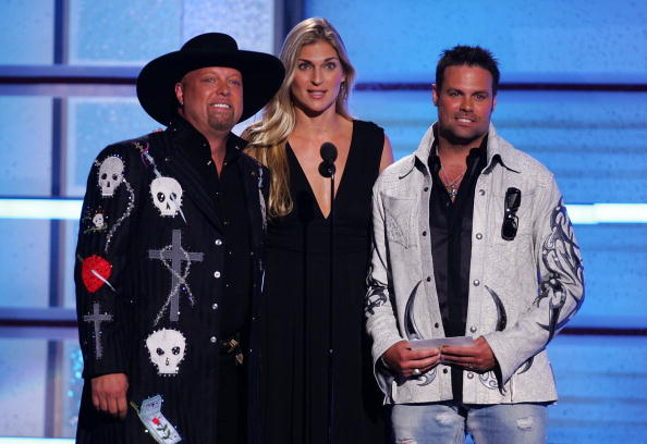 MGM Grand Garden Arena「42nd Annual Academy Of Country Music Awards - Show」:写真・画像(15)[壁紙.com]