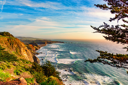 Pacific Ocean「Cliffs Over the Pacific Ocean」:スマホ壁紙(14)
