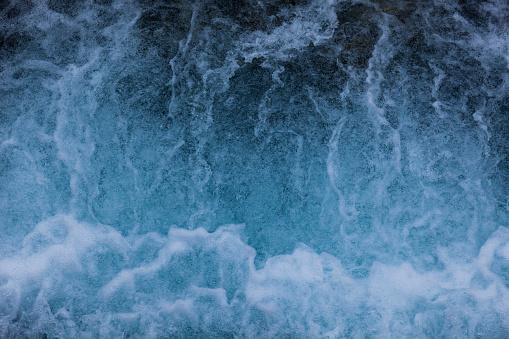 Engadin Valley「Water of waterfall」:スマホ壁紙(1)