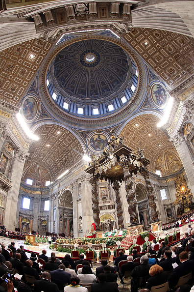 Franco Origlia「Pope Francis Attends A Mass With Newly Appointed Cardinals At St Peter's Basilica」:写真・画像(10)[壁紙.com]