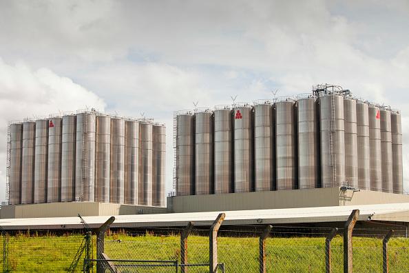 Greenhouse Gas「A polyethylene plant at the Grangemouth oil refinery, Scotland, UK.」:写真・画像(8)[壁紙.com]