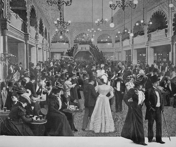 Performing Arts Event「Le Hall Des Folies-Bergere」:写真・画像(16)[壁紙.com]