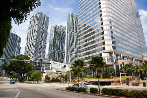 Miami「Brickell Avenue」:スマホ壁紙(13)